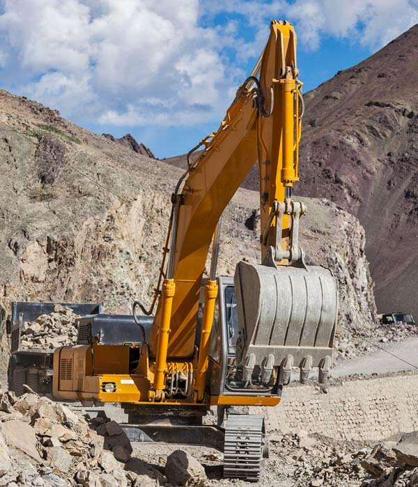 Road Construction In Himalayas Qdehvb2 - Mkitsol - Innovative Technology Solution Company